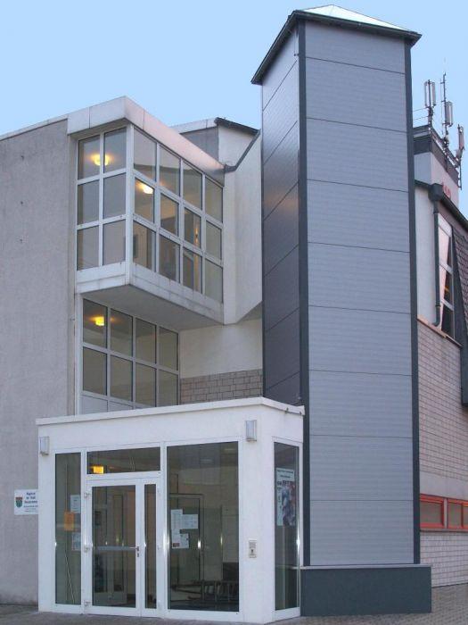 Mehrzweckgebäude